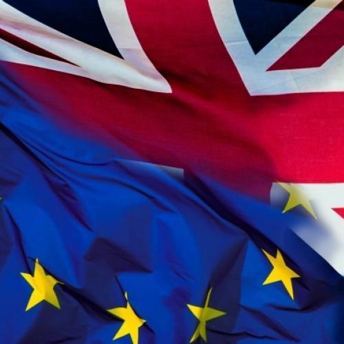 Bandera europea i bandera anglesa